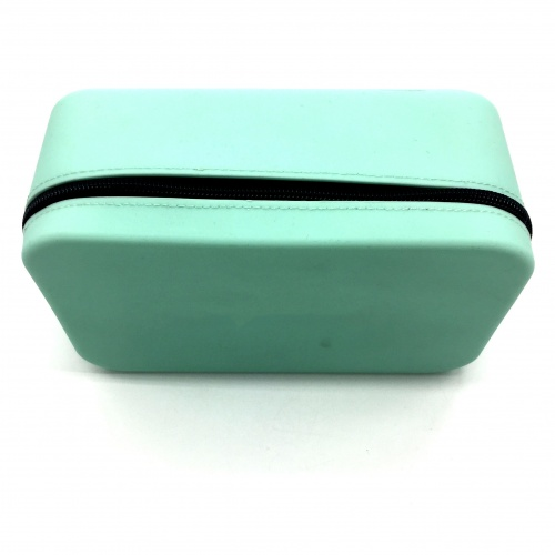 A new style  silicone cosmetic bag